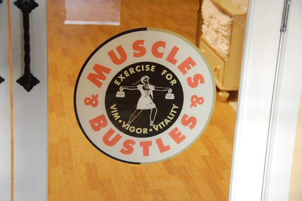 Disney's-Boardwalk-Inn-Muscles-and-Bustles.JPG