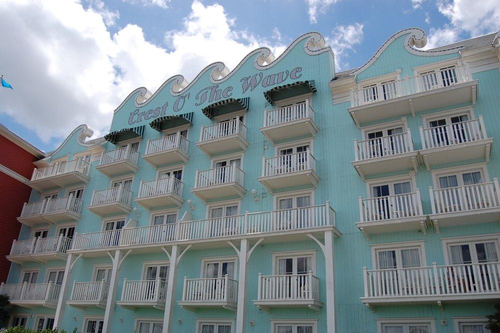 Disney's-Boardwalk-Inn-Rooms-2.JPG