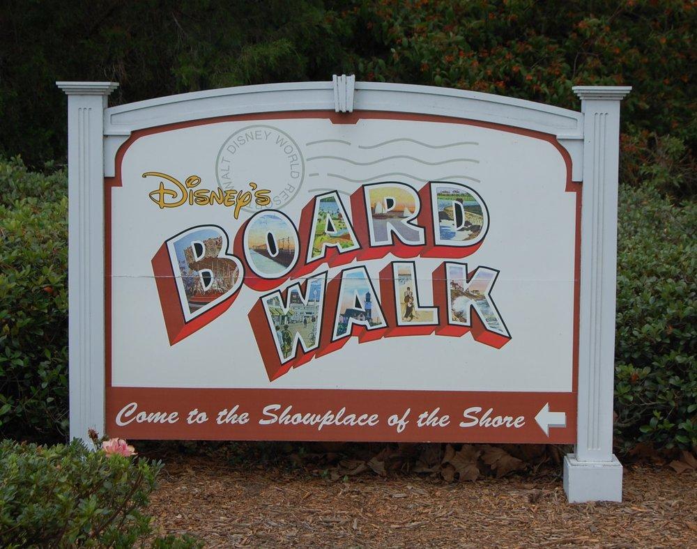 Disneys-Boardwalk-Inn-Sign.JPG