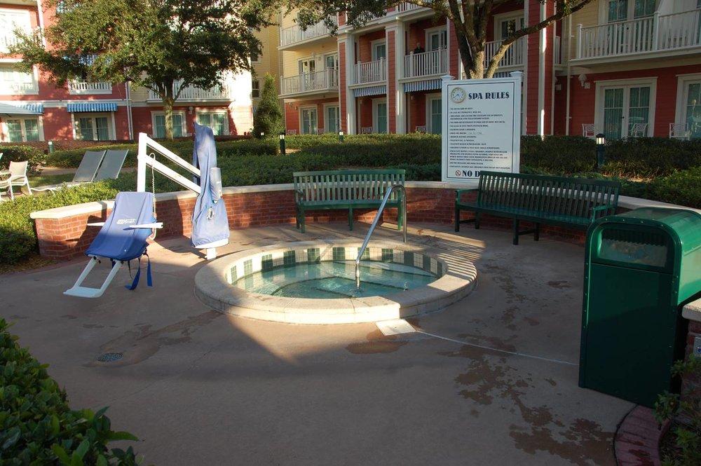 Disney's-Boardwalk-Inn-Hot-Tub.JPG