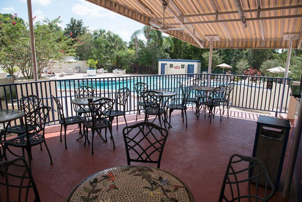 Covered patio at the Best Western Lake Buena Vista hotel