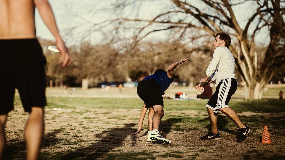 Frisbee addiction-14.jpg