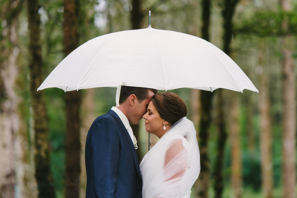 010 Rainy Wedding Ireland.jpg