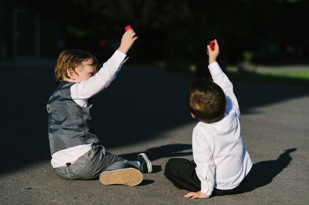 035 Children playing.jpg