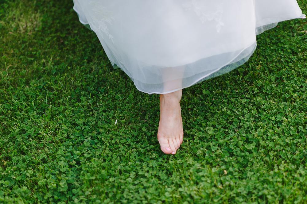 118 barefoot bride.jpg