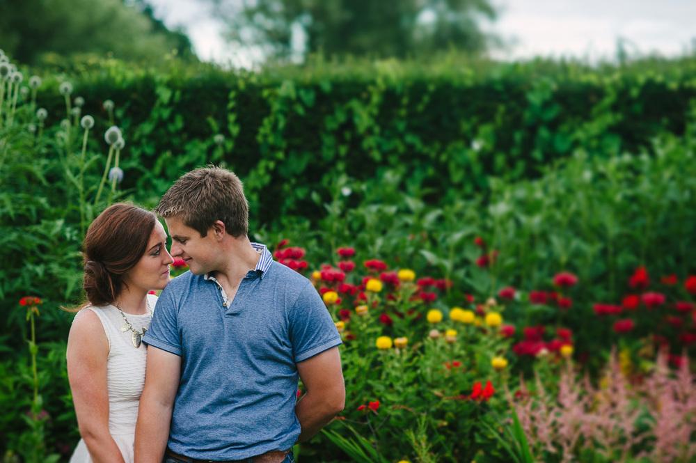 170 Botanic Gardens Engagement Shoot.jpg