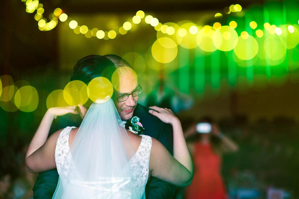 207 riverdale barn wedding.jpg