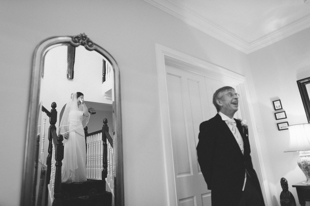 039 Dad seeing bride for first time.JPG