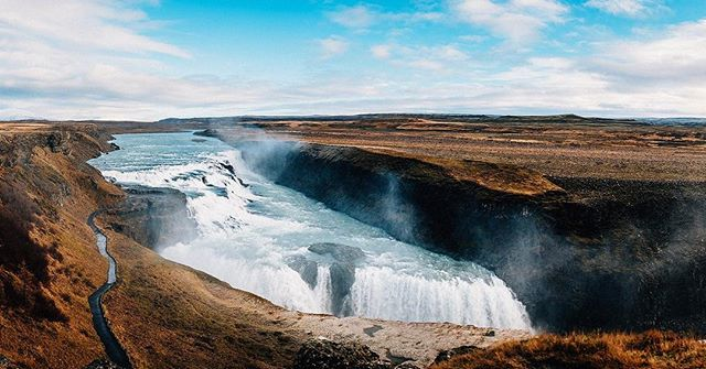 Such a gorgeous, powerful sight #gullfusswaterfall #iceland #vscofilm #nikon #d750 #landscape #waterfall #latergram