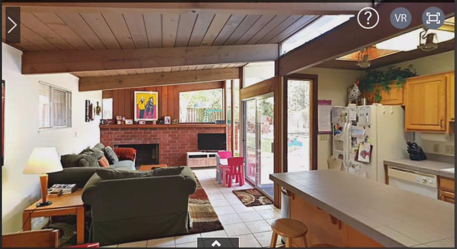 Screen Grab: InsideMaps 3D Tour Viewed on a Smartphone (Landscape)