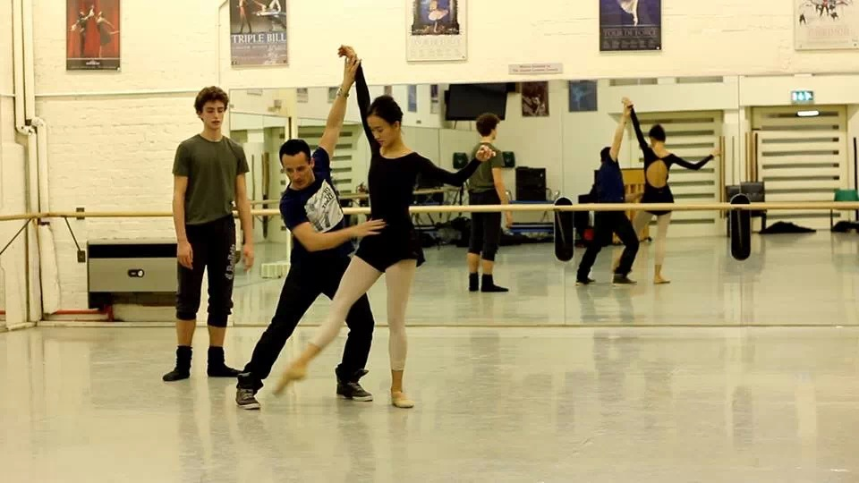 Tim Podesta with Dancers from The English National Ballet