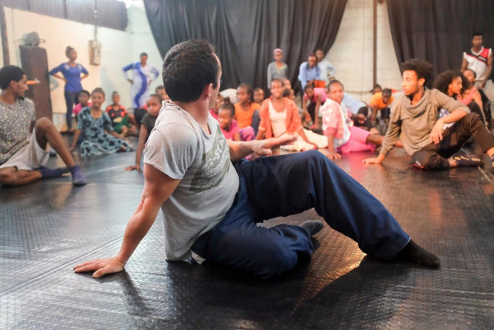 Tim Podesta led a wonderful dance workshop at Destino Dance Company studio with more than 50 kids from St Yared school, Retrak Ethiopia, Game Circus School and Brave Hearts orphanage.