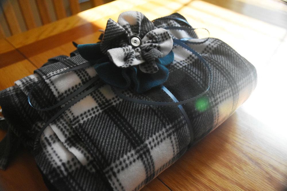 Ruana TT3 Gift.jpg