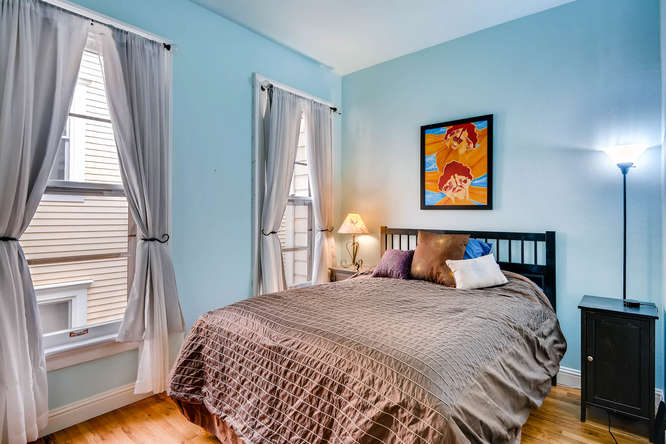 227 NW 18th Ave Portland OR-small-030-11-2nd Floor Master Bedroom-666x445-72dpi.jpg