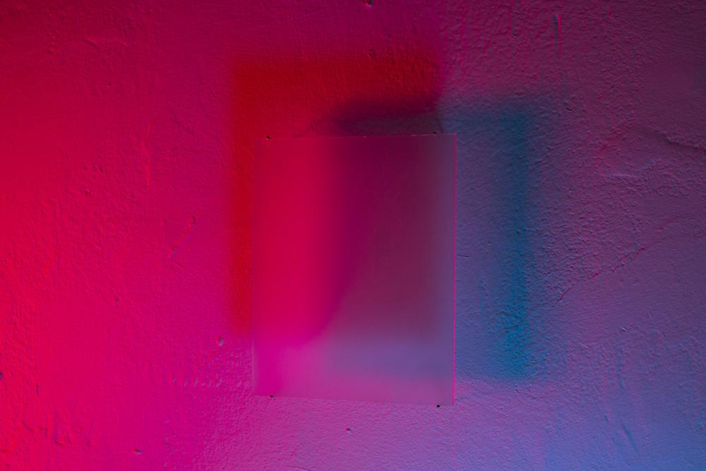 GLASS_CASTING_RED_BLUE_CLOSE_6514.jpg