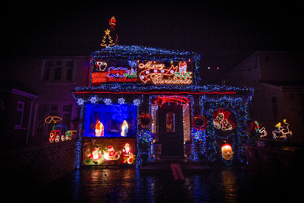 Cabra christmas house 1