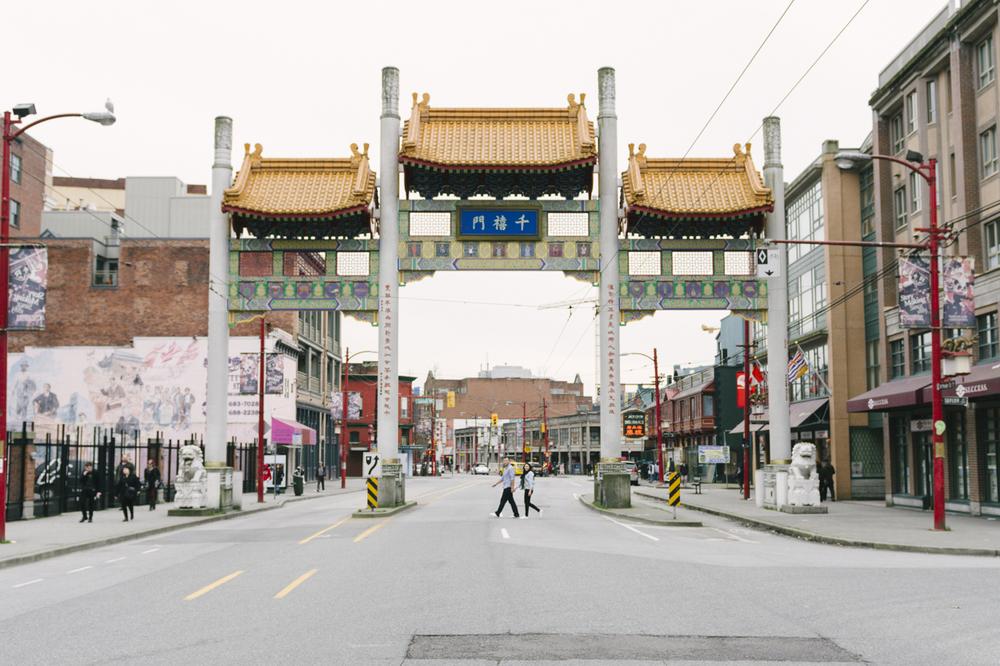 gastown-chinatown-engagement-09.jpg