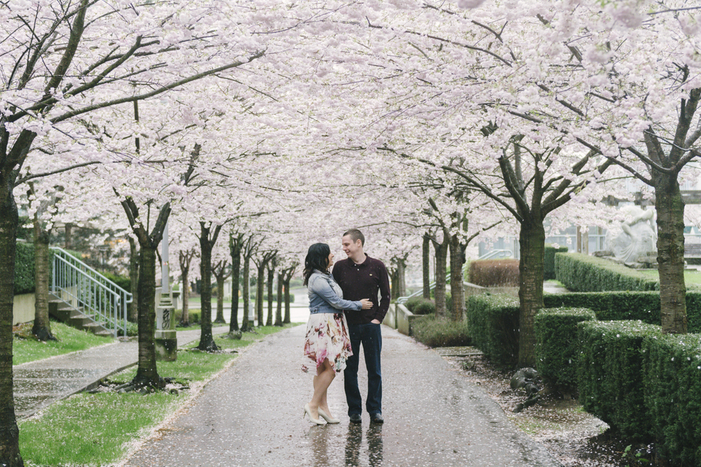 cherry-blossom-engagement-04.jpg