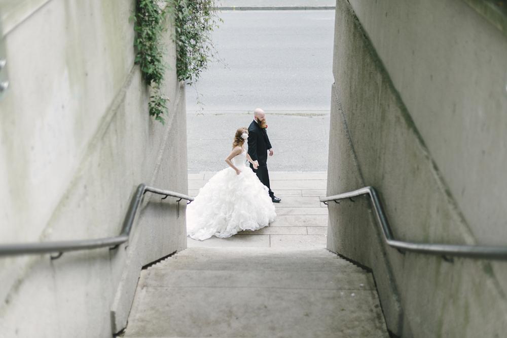 downtown-vancouver-wedding_15.jpg