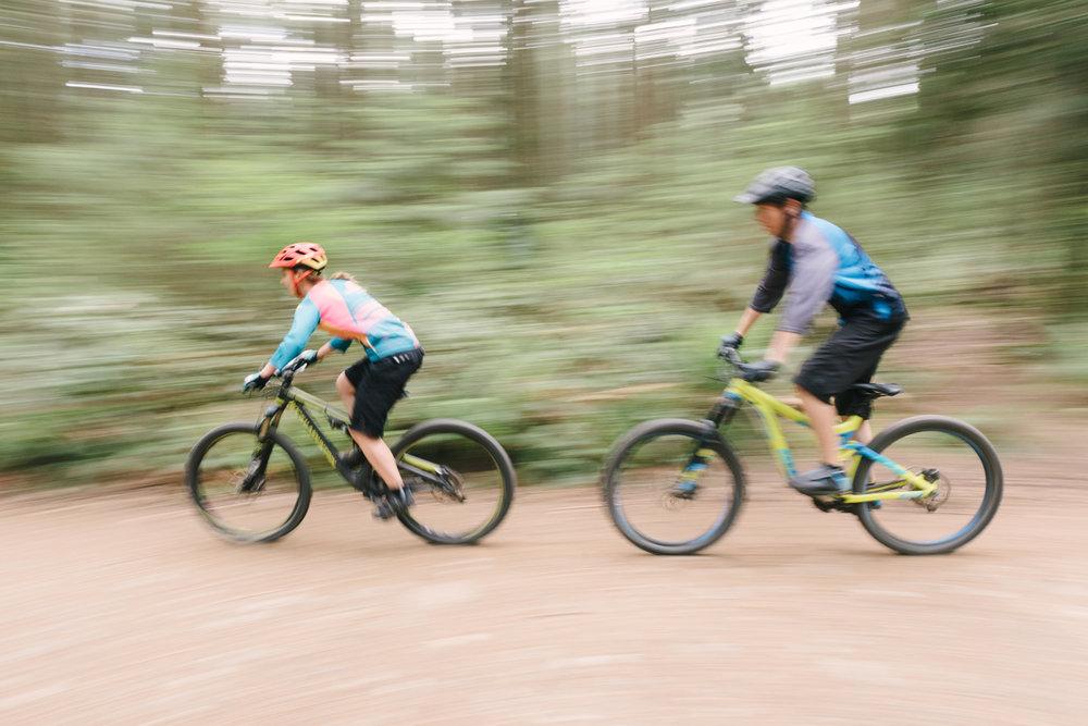 bike-engagement-photography-vancouver-17.jpg