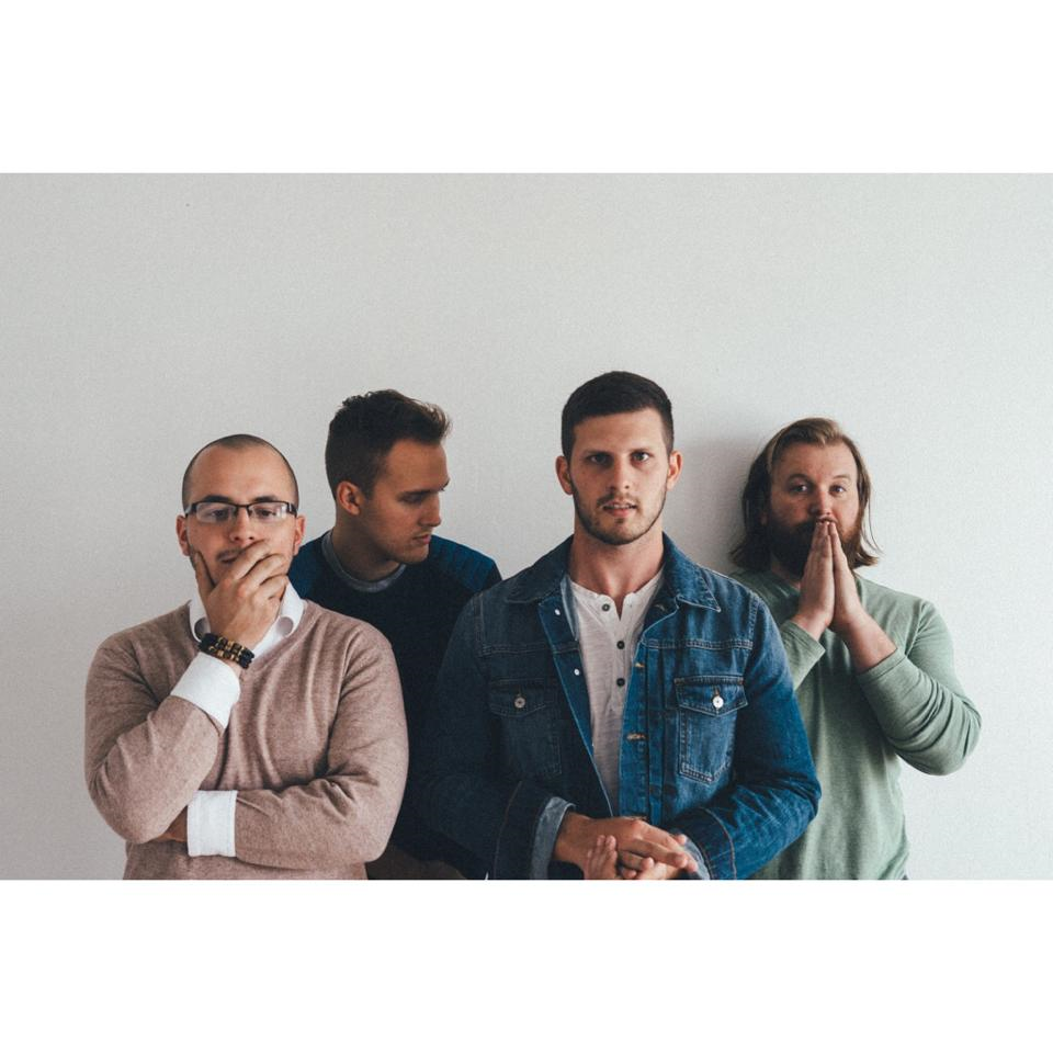 Valise is an indie rock band from Dallas, TX. Their colorful sound draws from influences like Death Cab for Cutie, Phoenix, The National, and Local Natives.