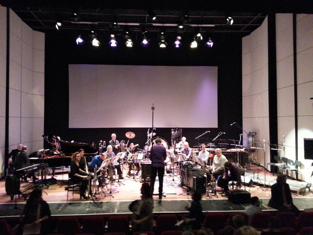 Orkest de Ereprijs; blurred, but ready to rock!