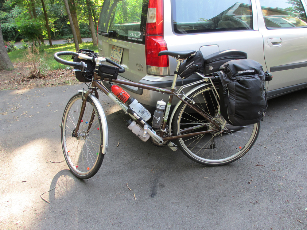 This Novara Safari was stolen, but without all the touring bags on it.