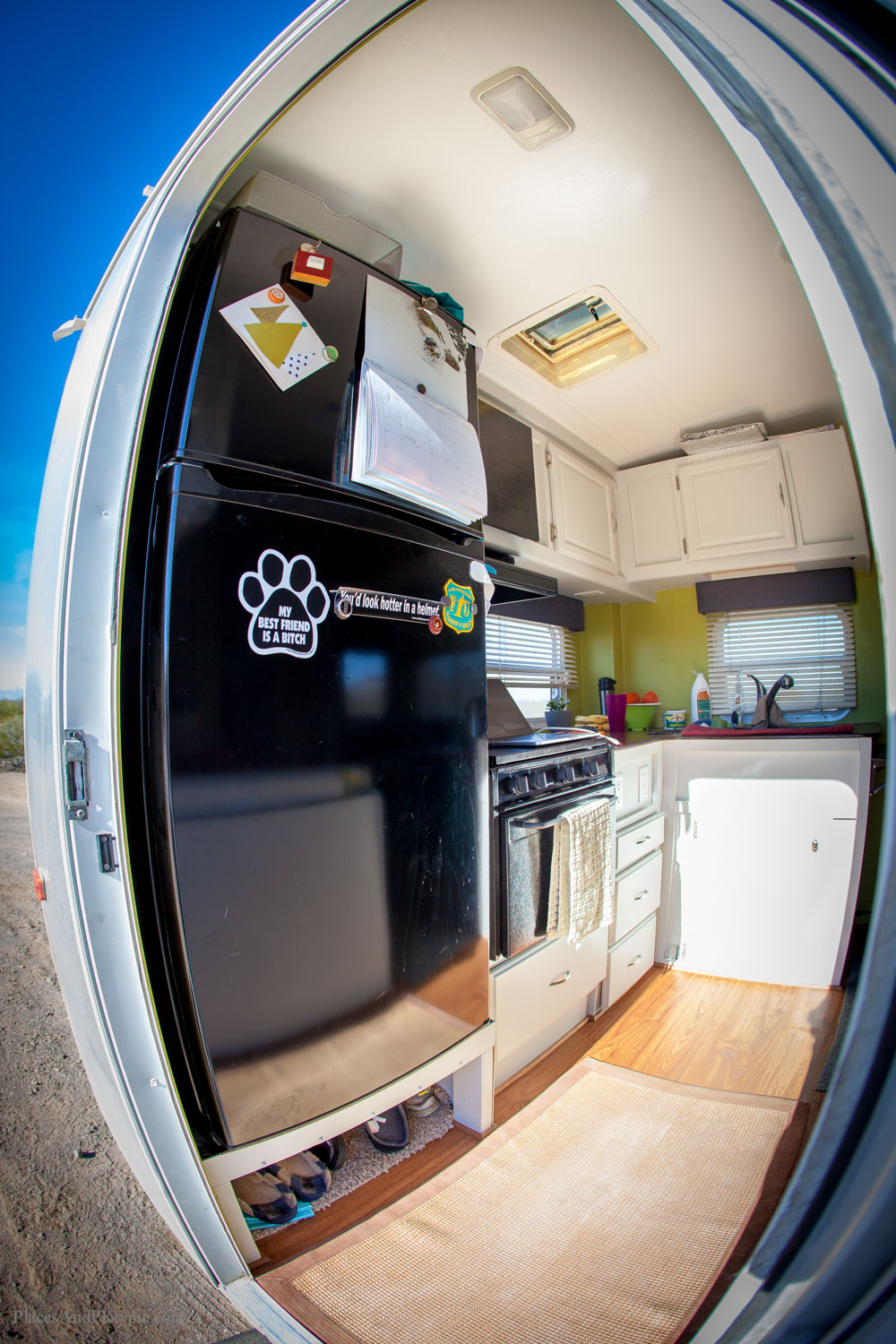 Inside Of A Toaster ~ A peek inside the toaster — live small ride free