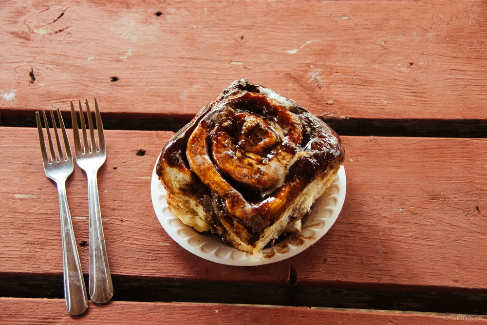 tetsa-river-lodge-cinnamon-bun