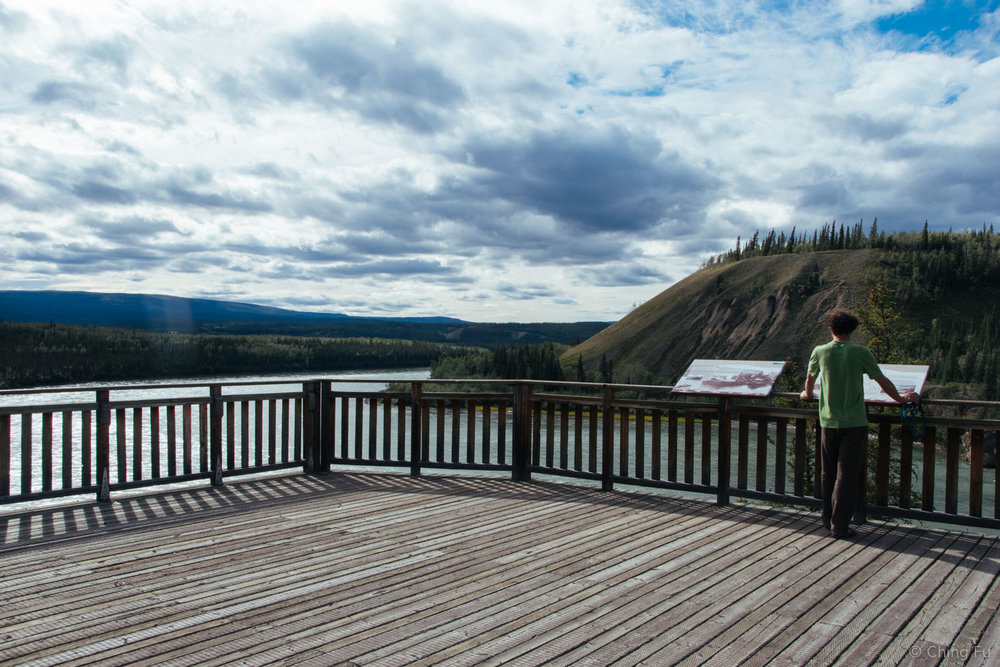 Large platform overlooking Yukon River and the rapids.