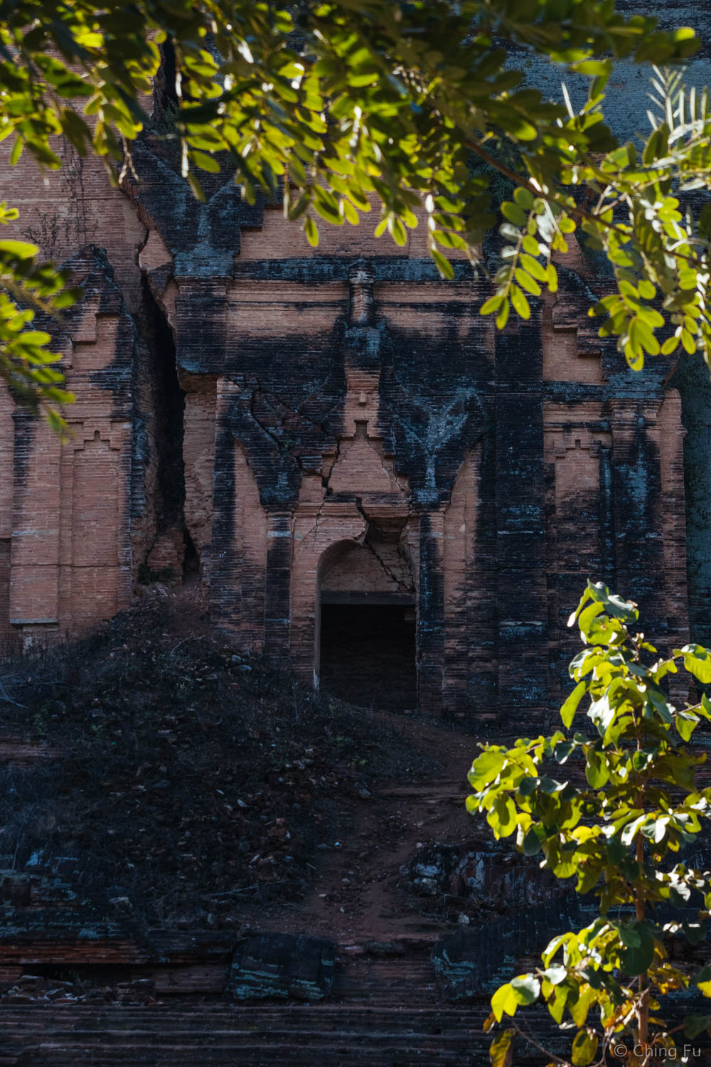 Another entrance to Mingun Pahtodawgyi
