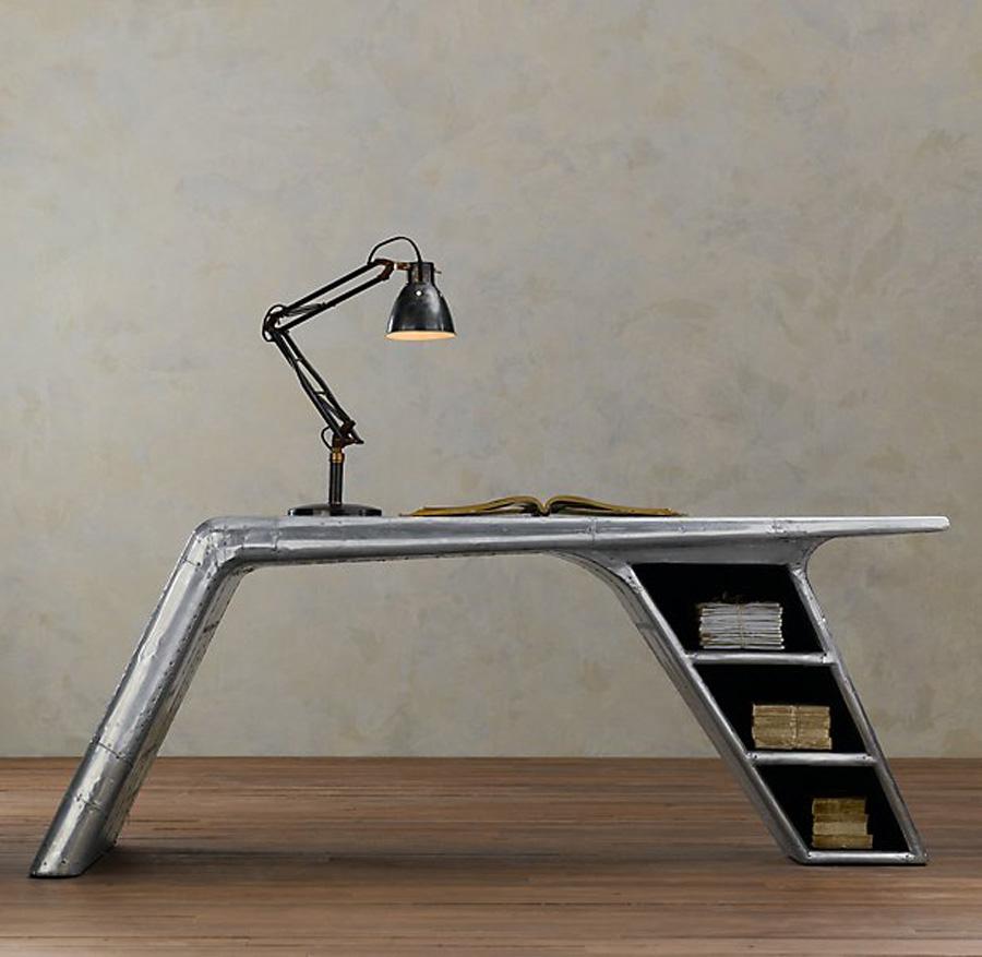 modern-desk-design-from-aluminum-materials.jpeg