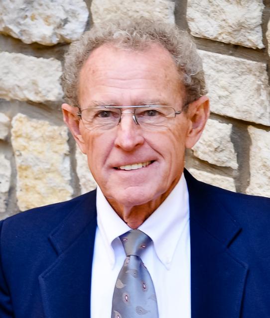 Ted Kayton, Vice President, Operations Manager Holdrege, NE