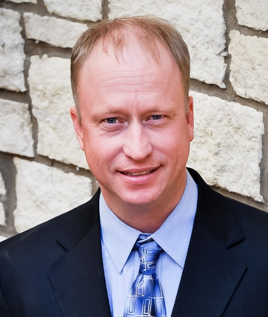 Bill Kunze, Vice President, General Manager Holdrege, NE