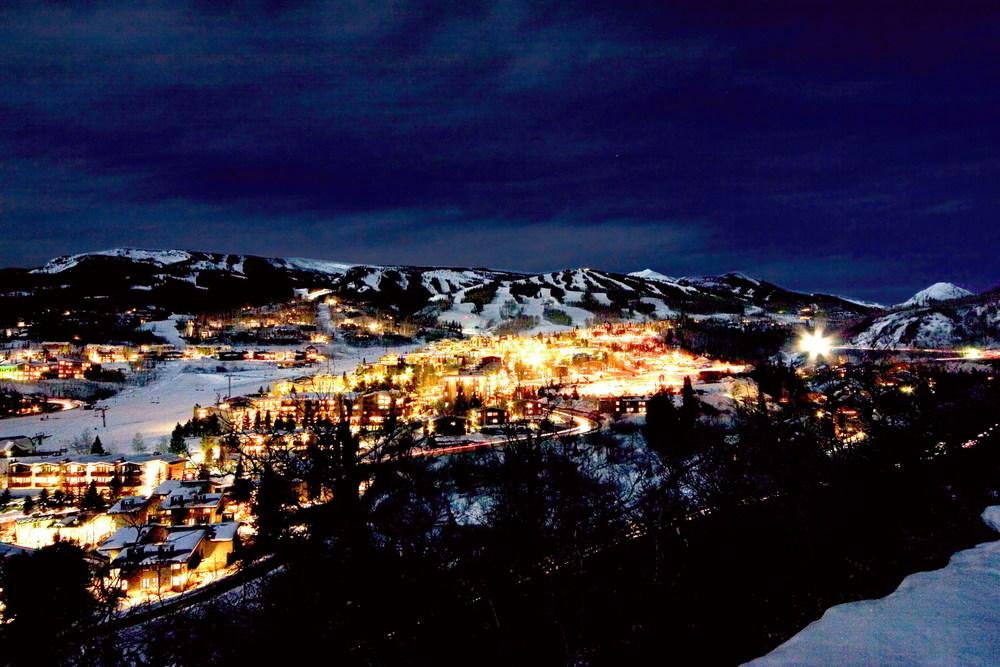 Snowmass Village shutterstock_162710.jpg