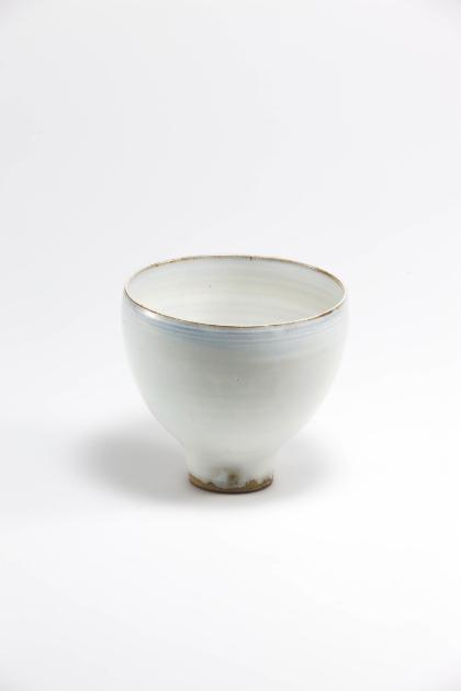 Jang Jin Still Life 14-015, 2014 Ceramic 5.3h x 5.9w x 5.9d in(13.46h x 14.99w x 14.99d cm)