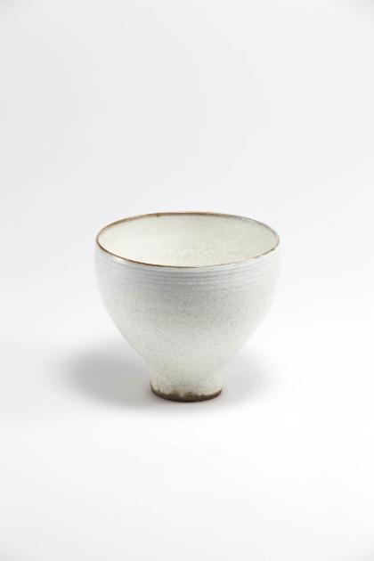 Jang Jin     Still Life 14-017, 2014    Ceramic    13.5h x 15w x 15d in  (34.29h x 38.1w x 38.1d cm)
