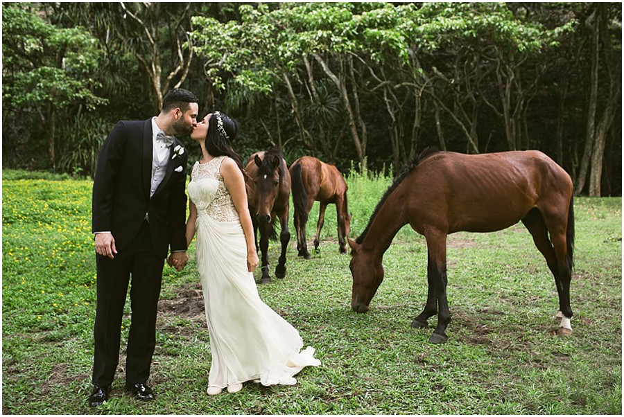 hawaii's best featured wedding photographer_0030.jpg