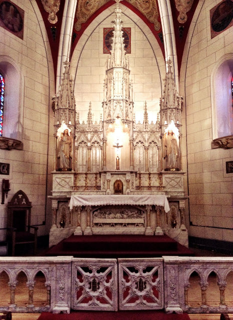 Altar in the Loretto Chapel