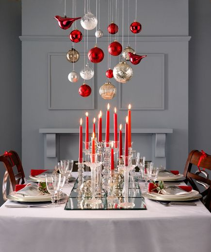 christmas table 3.jpg