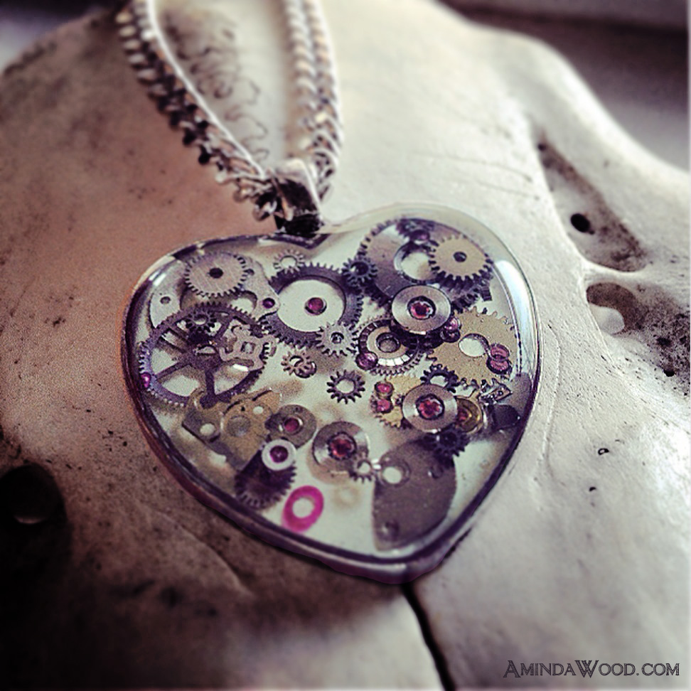 The first white Mechanical Heart pendant is now available!