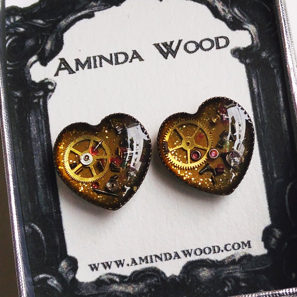 Aminda-Wood-Mechanical-Heart-Earrings.jpg