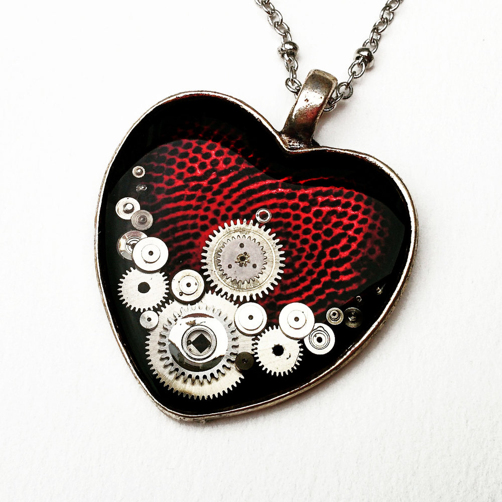 aminda-wood-watch-part-heart-mechanical-heart.jpg