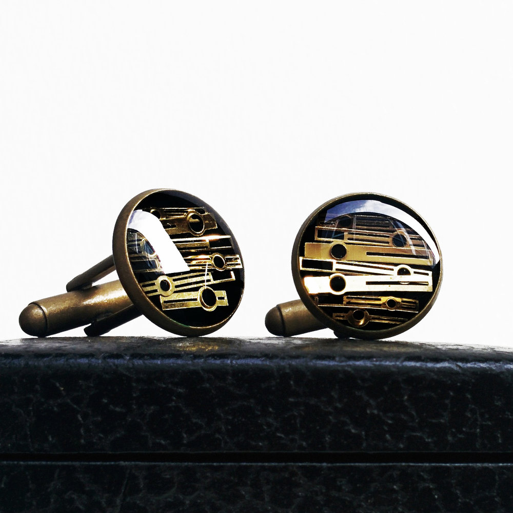aminda-wood-watch-hand-resin-cufflinks.jpg