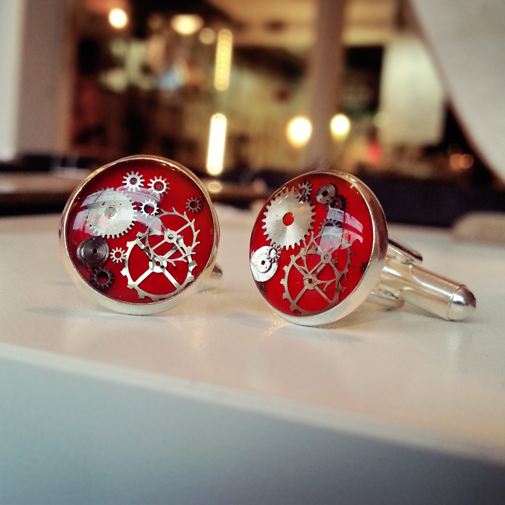 aminda-wood-watch-part-cufflinks.jpg