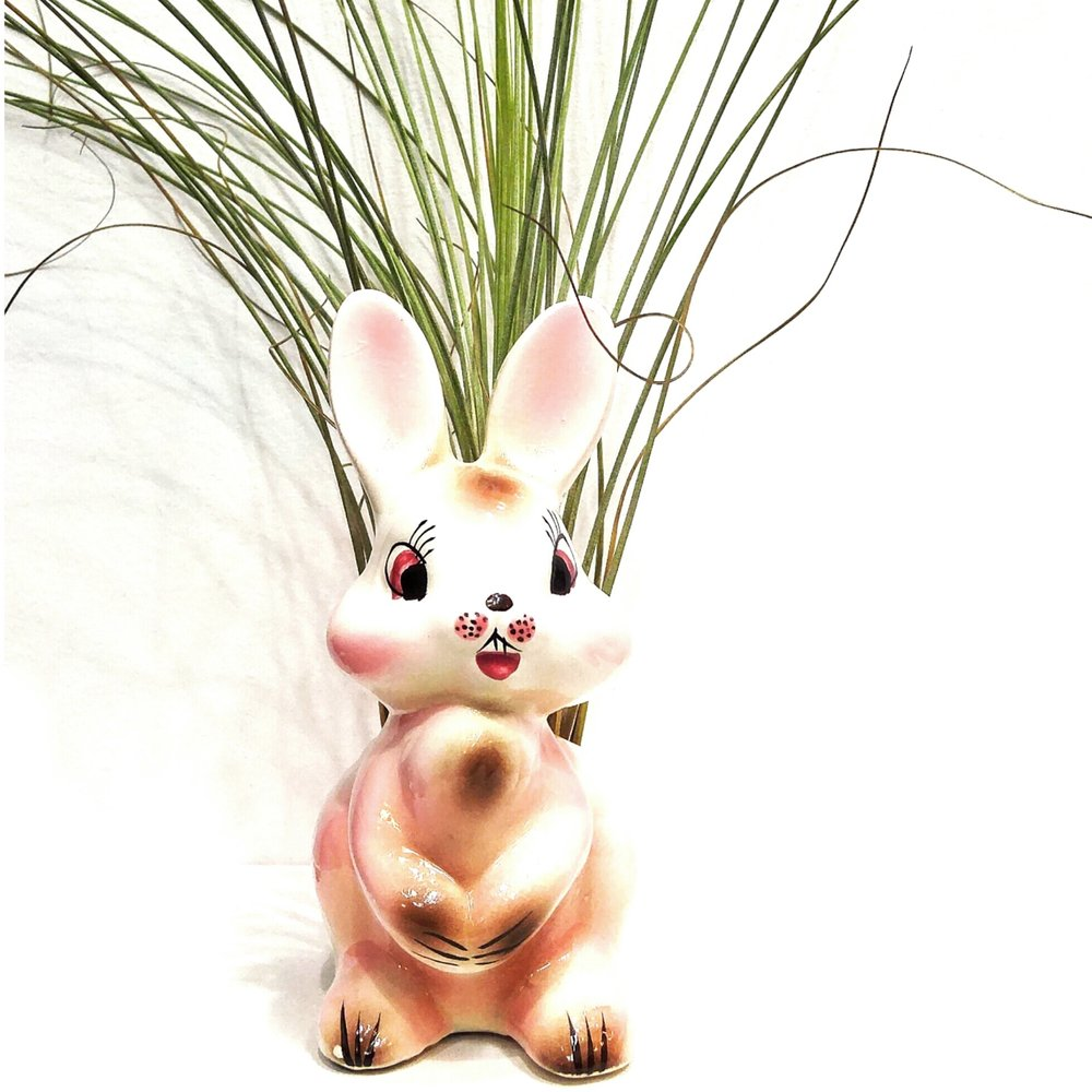 Japanese bunny planter