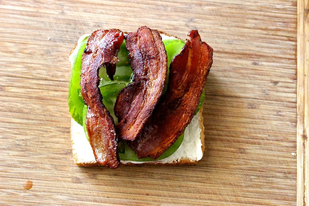 tomato bacon sandwich.jpg