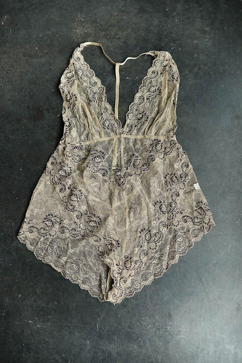 lingerie0005.jpg