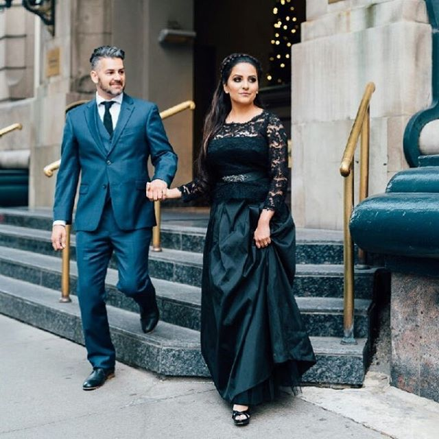 Looking forward to playing for these lovely folks Sunday @lougheedhouse ! 📸 @_gingersnapphotography @fairmontpalliser * * * #yycwedding #yyccore #yycliving #yyc #calgarybride #yycmusic #yycweddingmusic #weddingsinger #rihanna #johnlegend #brianmcknight #steinway