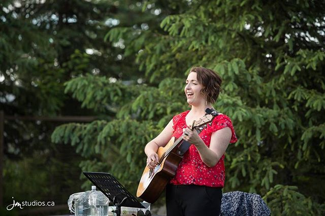 What a nice night this was @thecalgaryzoo for Adult night in July. All Canadian content organized by @occasionalnotes and with a ton of talented musicians. Lovely. 🇨🇦 🇨🇦🇨🇦🇨🇦 📸:@jm.weddings 🐼🐵🐧🦆🦉🐅🐏 #yycliving #canadaday #cancon #yycarts #weddingsinger #yycevents #canada150 #proudcanadian #canada #yyc #yycliving